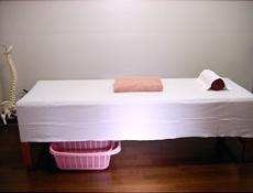 治療ベッド 3